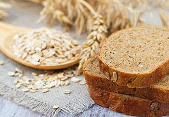 Erfahre welches Frühstück dich satt hält – für einen guten Start in den Tag.